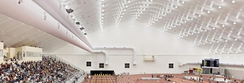 Las instalaciones deportivas revestidas y aisladas son perfectas todo el año
