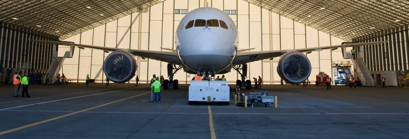Los Hangares son personalizados a más de 300 pies de ancho