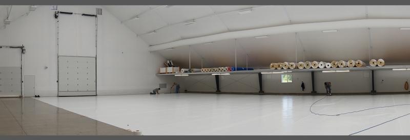 Tensoestructura con puertas de gran altura para estantes de los almacenes