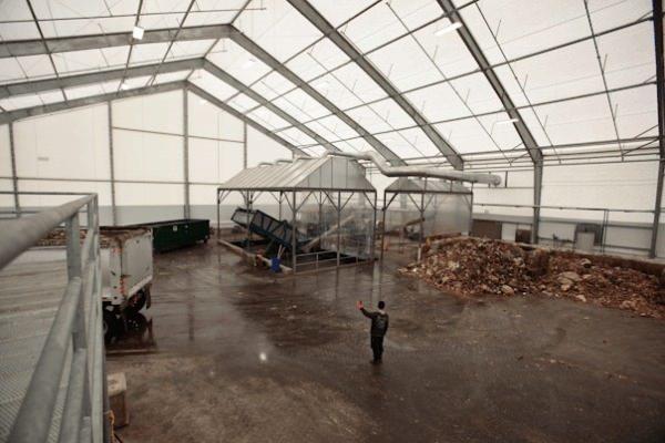 Cinco Ventajas de nuestros Edificios de Estructuras Metálicas con Cobertura de Membrana Tensada en el aspecto de Residuos y Reciclaje